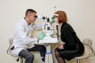 консультация у врача глазного