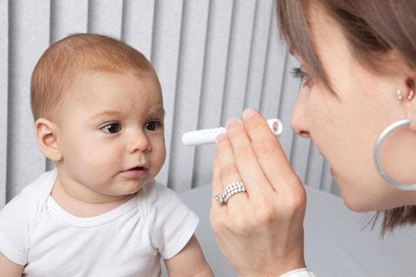 Большие зрачки у ребенка причины