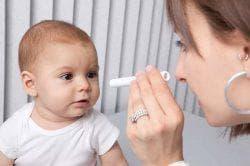 у ребёнка болит глаз