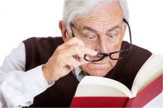 сильная близорукость у пожилых людей