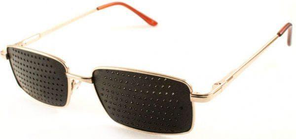 очки в дырочку для улучшения зрения Матсуда