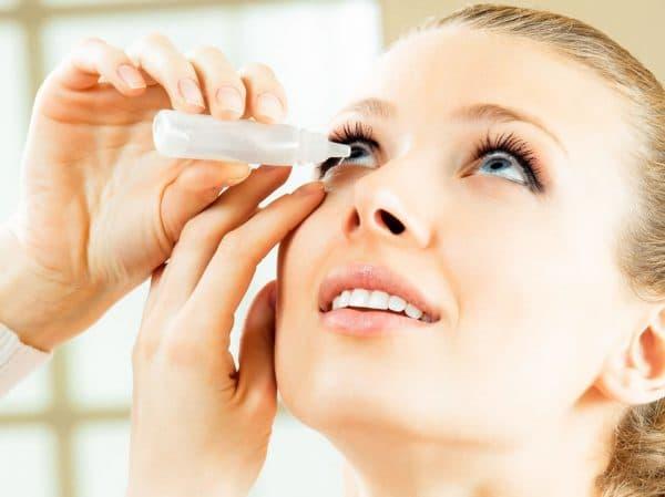 закапывание глаз пипеткой